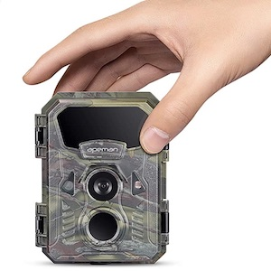 best gifts for hunters trail camera